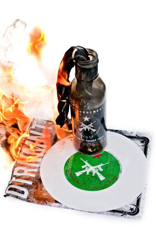 Detournement - Molotov Flexi w/ Bandana